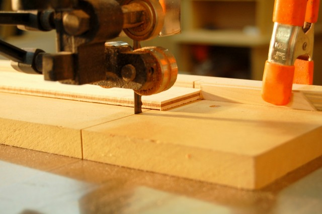 crosscutting an inlay with a top rated band saw
